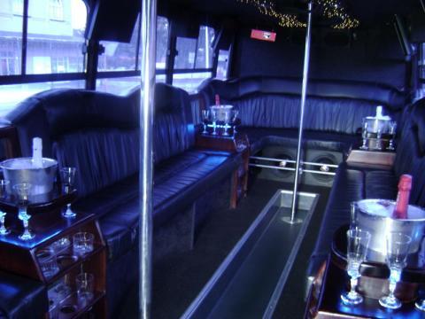 DSC02944 1 - VIP Party Bus